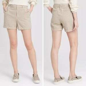 A New Day High-Rise Casual Fit Chino Shorts Size 8